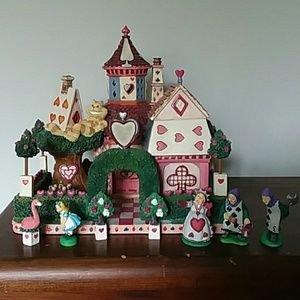 Dept 56 Storybook Village Alice in Wonderland EUC